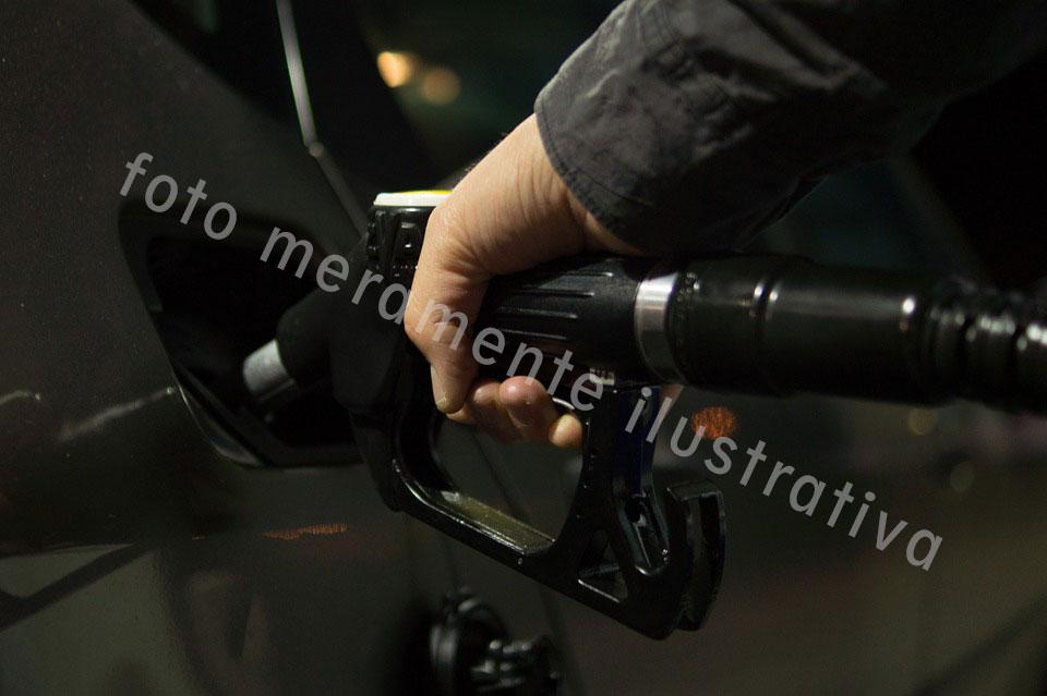 posto-gasolina-2